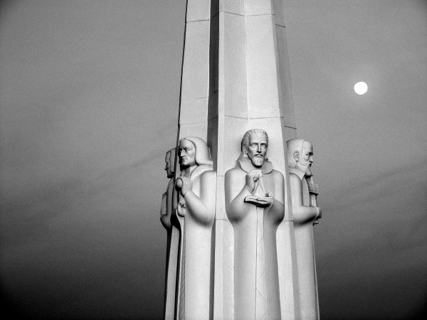 Statue at Griffith Park Observatory