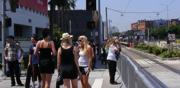 DSCF6667 small - shade girls train